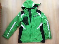 Spyder ski jacket and pants to fit youth age 16 (boys). Matching Spyder hat included