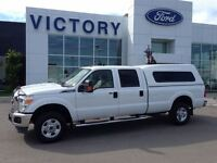 2011 Ford F-250 XLT 4x4 WITH TOPPER