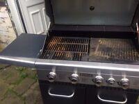 Jumbuck Stardom 4 Burner Gas BBQ With Side Burner - Silver