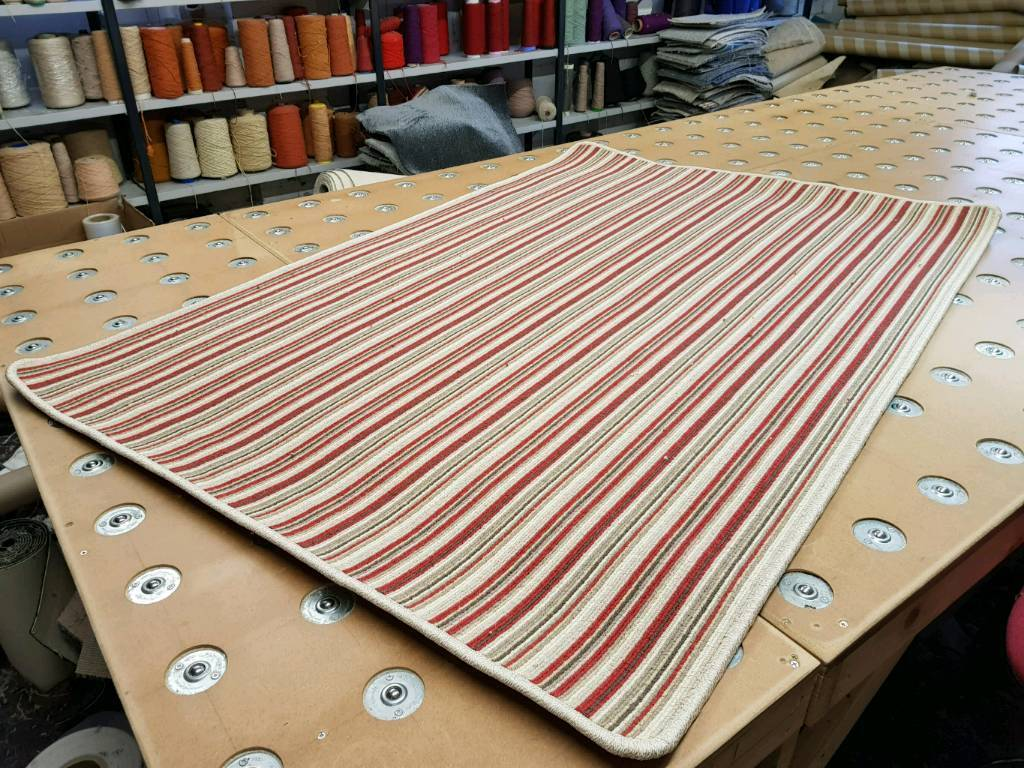 New wool 6ft x 4ft red striped rug can deliver
