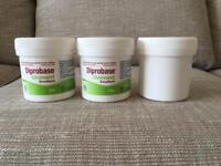 Diprobase skin ointment acne or just a moisturiser