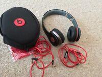 Beats by dr dre solo hd headphones mint condition