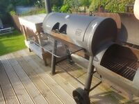 Smoker bbq excellent solid condition - limited adition