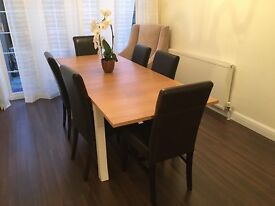Wooden dining table, extendable, heavily REDUCED price, only 3 months old. No chairs included