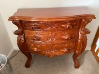 BEAUTIFUL CARVED 3 DRAWER CHEST