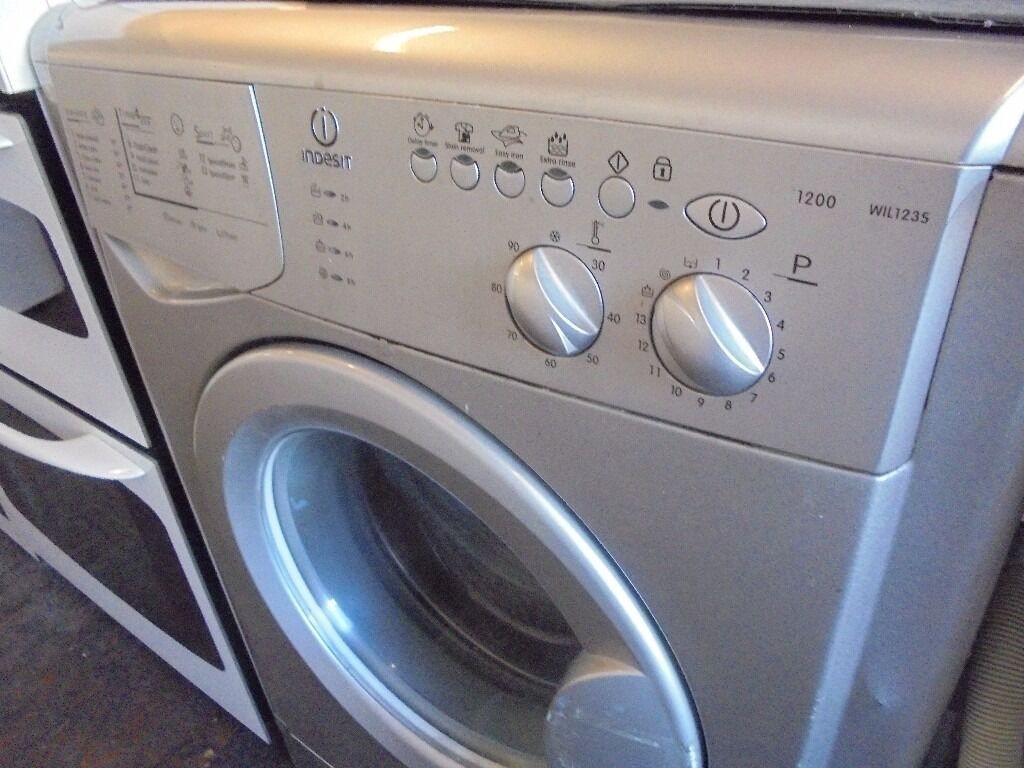 INDESIT 6 KG SILVER WASHING MACHINE ,,, FREE DELIVERY