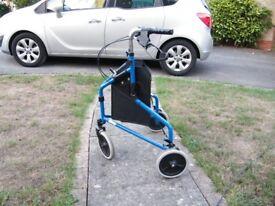 Roma 2340 Lightweight Tri-Wheel Walker with bag