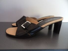 Ladies Italian Leather Mules. Size 4