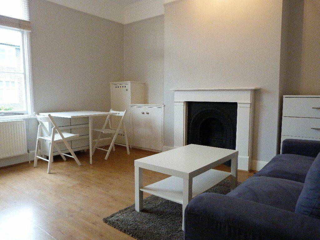 One bed flat, Shepherds Bush, W12