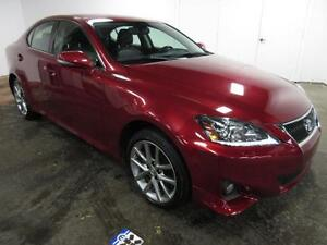 2013 Lexus IS 250 AWD CUIR TOIT AUTO BLUETOOTH