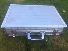 Aluminium Brief / Carry Cases 38x56x12