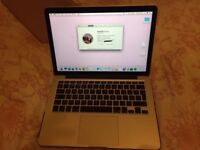 Apple MacBook Pro Retina 13.3 inch displa, perfect working condition, hardly used