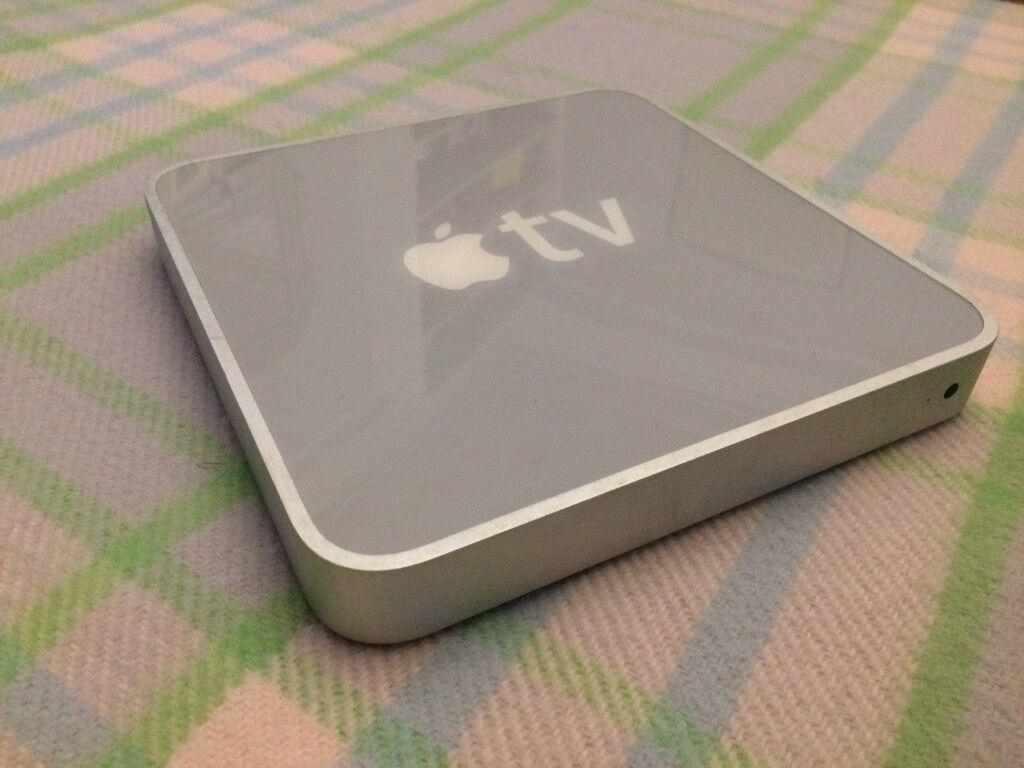 Apple TV (1st Generation) 160GB Digital HD Media Streamer