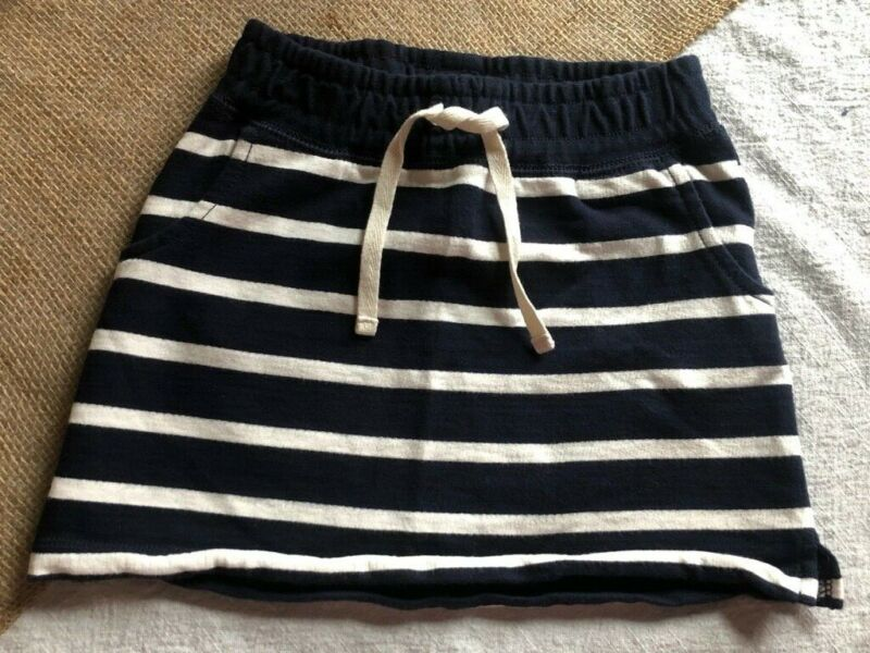 Girls Gap Kids Blue & White Striped Skirt, Size Small (6/7), Great Condition!