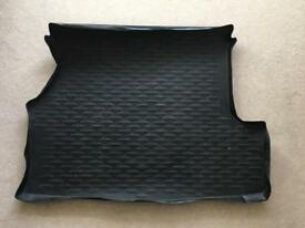 BMW 3 series Touring genuine tailored rubber boot mat