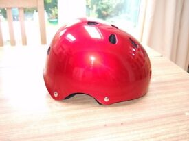 SFR Children's roller skating/skateboarding helmet: Metallic red. Size S-M (53-56cm).