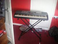 yamaha eletric Keyboard with stand