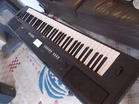 YAMAHA TOP RANGE PIAGGERO NVP80 ELECTRIC PIANO,76 NOTE,100S SOUNDS