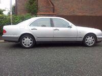 MERCEDES E280 ELEGANCE AUTO 2.8 V6 LUXURY CAR RECENT £400 FUEL PUMP/TYRES SUPER PRICE 695 NO OFFERS