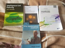 Criminology and psychology books fir uni course