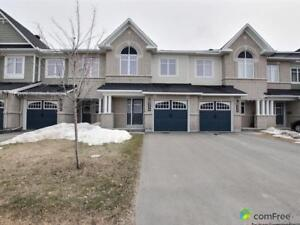 $389,900 - Townhouse for sale in Orléans