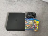 Ps4 slim 1tb with controller and 2 games 170ovno