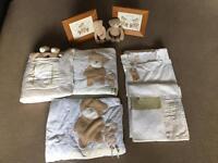 Baby's teddy bear bedding set