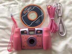 Kids V-tech Kidizoom plus digital camera 2.0 MP.