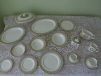 Royal Doulton Sonnet fine bone china dinner and tea set oner 100 pieces