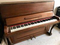 Free Paul Gerhard upright piano