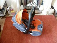 RECARCO YOUNG PROFI PLUS CAR SEAT AND ISOFIX BASE