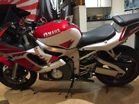 Yamaha r6 2000 excellent condition