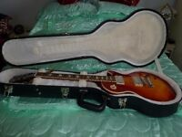 A GIBSON LES PAUL STANDARD 2013 IN HCS NEVER BEEN USED