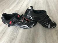 Mens Specialized cycling shoes 44