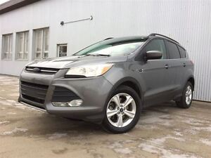 2014 Ford Escape SE, 4X4 , NAVIGATION, BACKUP CAMERA,  BLUETOOTH