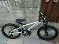 """Saracen Hoax 20"""" Bike With Suspension And Gears"""