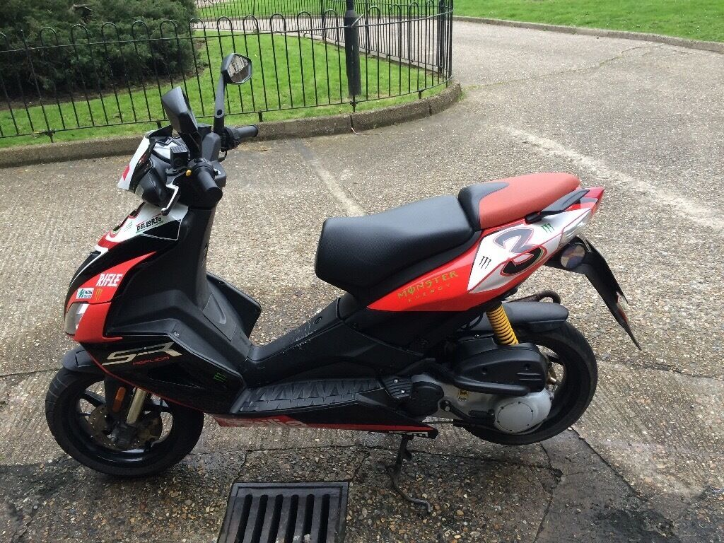 aprilia sr 50 r in kilburn london gumtree. Black Bedroom Furniture Sets. Home Design Ideas