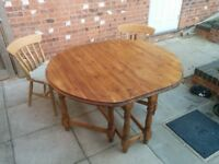 Solid Wood 1,200 mm Drop-leaf Dining Table (Antique Pine)