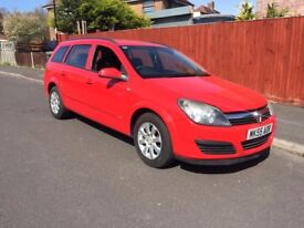 2005 Vauxhall Astra Club 1.6 Petrol Red Estate