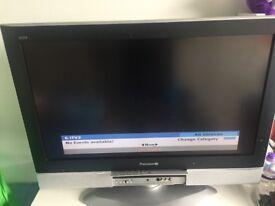 Panasonic tv Tx-32lxd52model