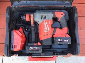 MILWAUKEE 18v FUEL BRUSHLESS SDS HAMMER DRILL