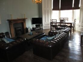 Rooms to rent in a Six bedroom flat in Hyndland Rents inclusive of utilities.