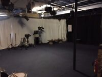 Commercial Premises to Let with huge potential