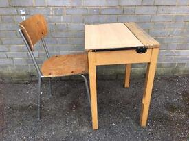OLD SCHOOL DESK + CHAIR FREE DELIVERY writing TABLE/Bureau 🇬🇧