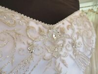 White Wedding Dress For Sale In Immaculate Condition