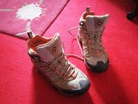 Merrell Mens Waterproof Boots Size 8