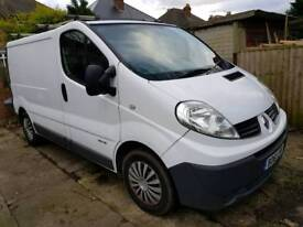 Renault Trafic 115 dci 2900 SL Van Built in Sat Nav. 2.0 Diesel 6 Speed Box.. MOT 2019