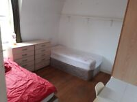 ~~~FULHAM-TWIN ROOMSHARE WITH A BOY~~~