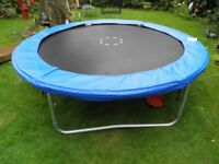 8ft trampoline with cover