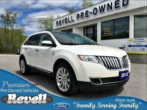 2013 Lincoln MKX AWD  *Moonroof  Leather  Nav